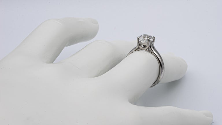 Tiffany & Co. Lucida 1.51 Carat E VS2 Engagement Ring in Platinum For Sale 2