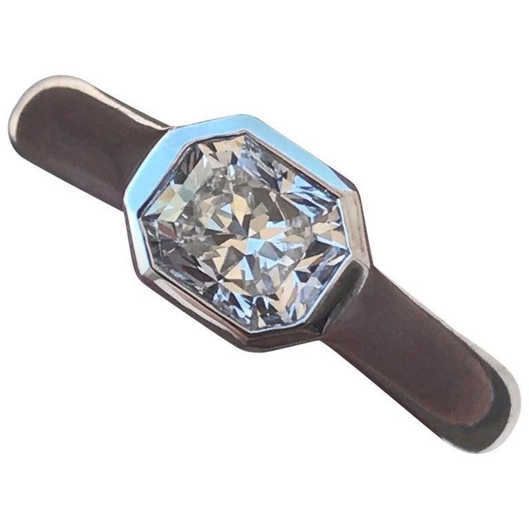 Engagement Ring Box Sale: Tiffany And Co Lucida Radiant 0.92 F VVS2 Platinum Bezel