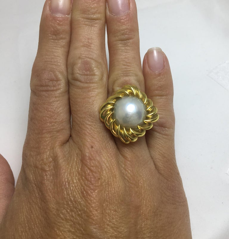 Women's or Men's Tiffany & Co. Mabe Pearl 18KY Cocktail Ring For Sale