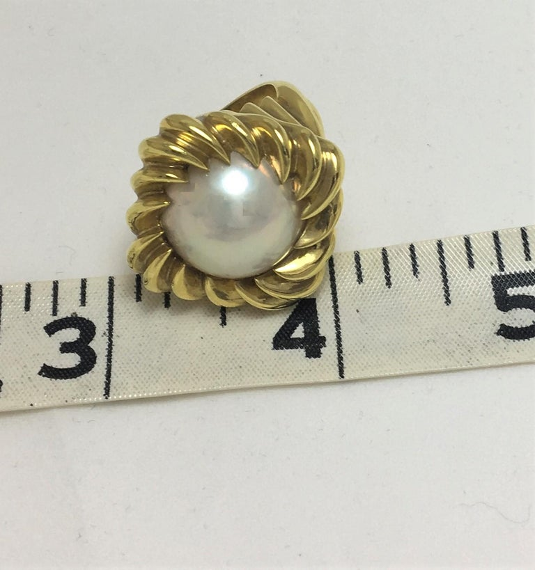 Tiffany & Co. Mabe Pearl 18KY Cocktail Ring For Sale 1