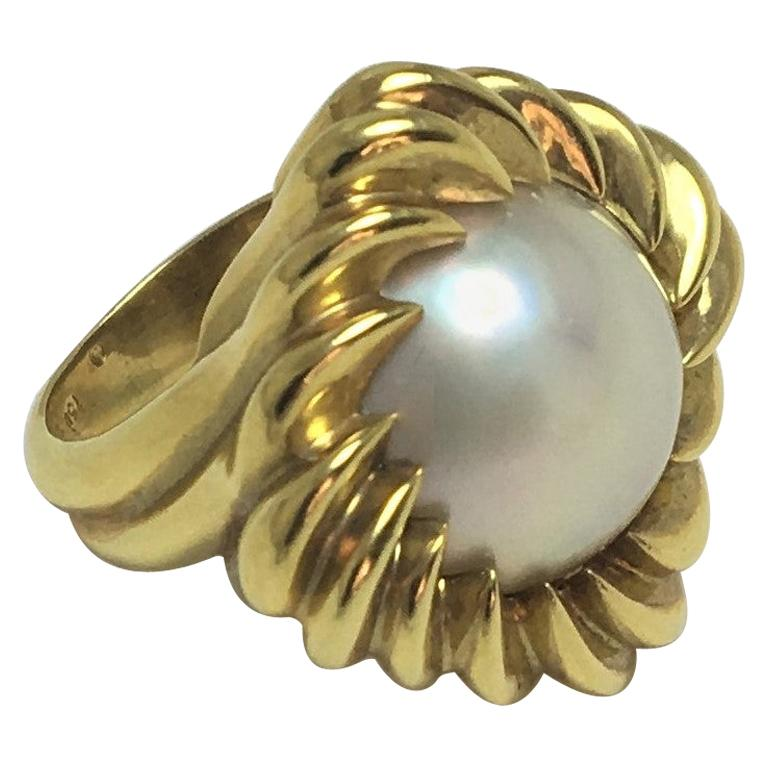 Tiffany & Co. Mabe Pearl 18KY Cocktail Ring For Sale