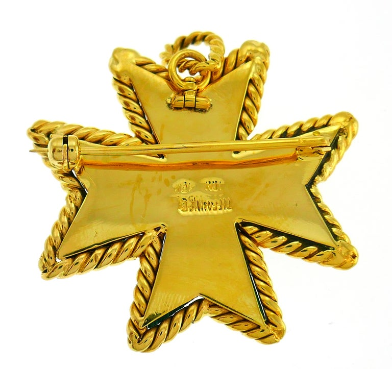 Tiffany & Co. Malachite Yellow Gold Pin Pendant Maltese Cross Brooch Clip In Good Condition For Sale In Beverly Hills, CA