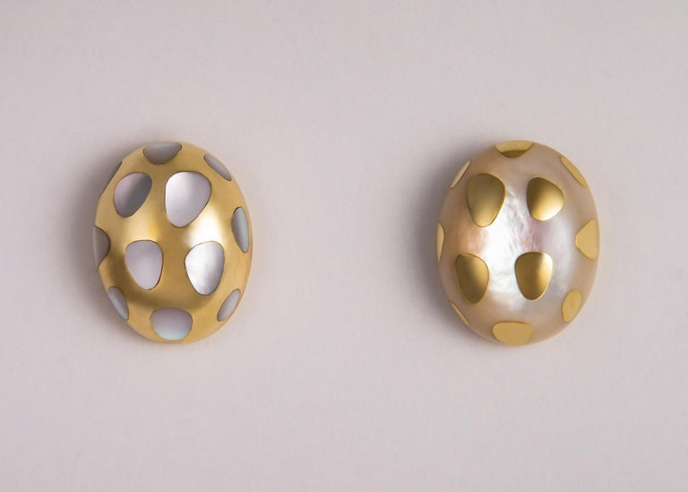 Contemporary Tiffany & Co. Mother of Pearl and Gold Polka Dot Earrings For Sale