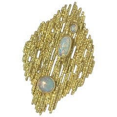 Tiffany & Co. Opal and Yellow Gold Brooch or Pendant