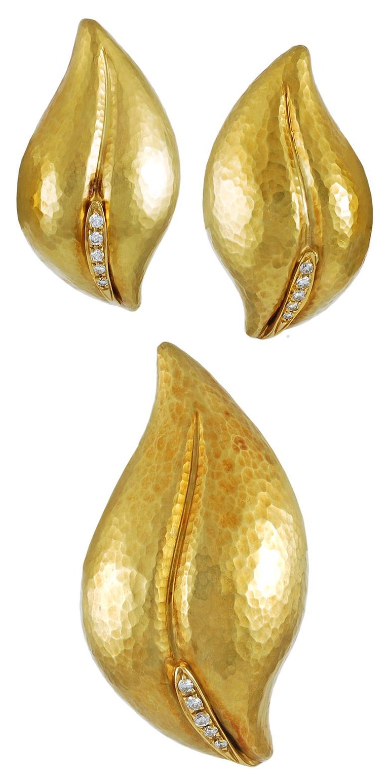 Women's Tiffany & Co. Paloma Picasso Diamond Leaf Earrings and Brooch For Sale