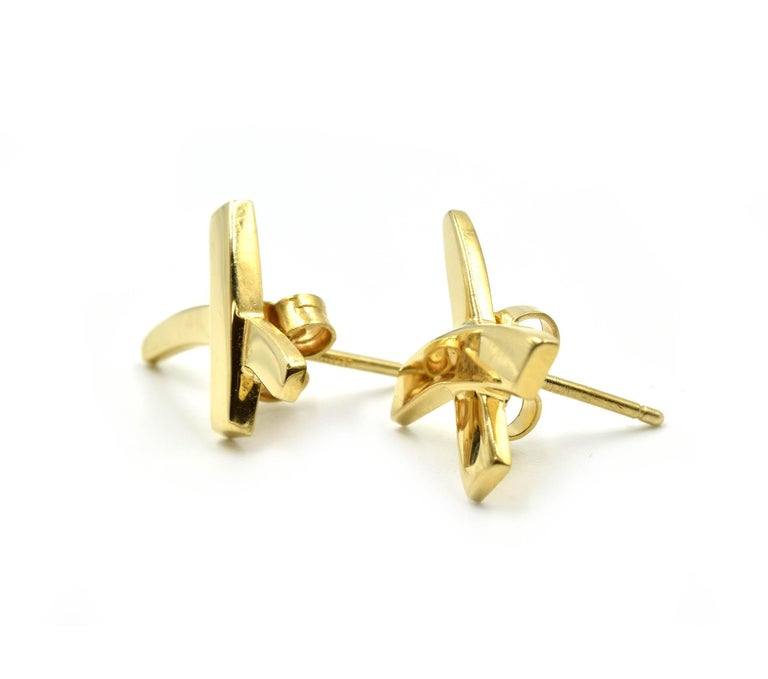 """Contemporary Tiffany & Co. Paloma Picasso """"X"""" Earrings 18 Karat Yellow Gold For Sale"""