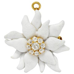 Tiffany & Co. Paulding Farnham Diamond Enamel 18 Karat Gold Flower Pendant Pin
