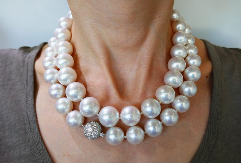 Women's Tiffany & Co. Pearl Strand Necklace with Diamond Platinum Clasp, Opera Length For Sale