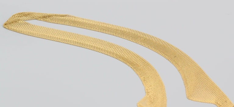 Tiffany & Co. Peretti 18 Karat Yellow Gold Mesh Scarf Necklace For Sale 1