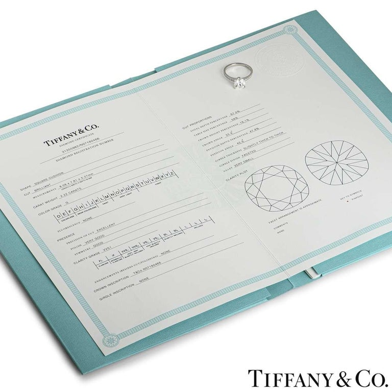 Tiffany & Co. Platinum Cushion Cut Diamond Novo Ring 2.22 Carat G/VVS1 For Sale 2