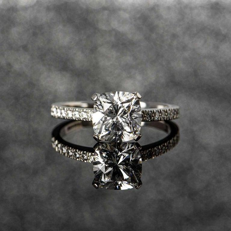 Tiffany & Co. Platinum Cushion Cut Diamond Novo Ring 2.22 Carat G/VVS1 For Sale 3