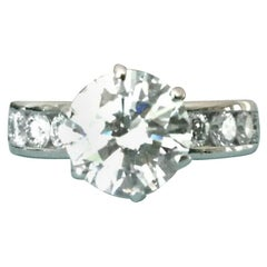 ff6807fe8 Tiffany & Co. Platinum Diamond 2.14 Carat Round Engagement Ring E VS1