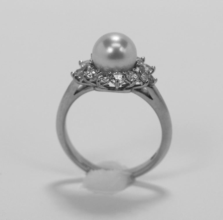 Tiffany & Co. Platinum Diamond and Pearl Ring In Good Condition In Palm Beach, FL