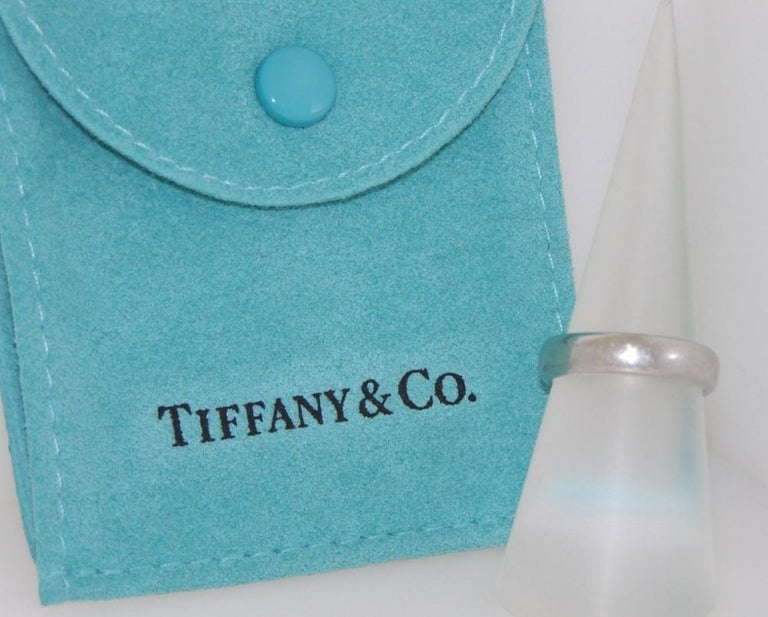 Tiffany & Co. Platinum Lucida Wedding Band Ring In Excellent Condition For Sale In Dania Beach, FL