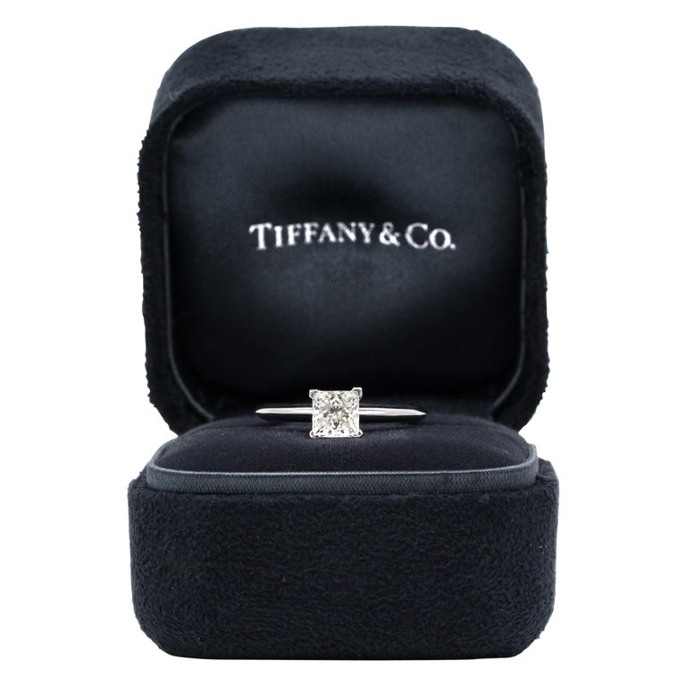 Tiffany & Co. Princess-Cut Diamond Engagement Ring with .88 Carat Centre F VVS2 For Sale