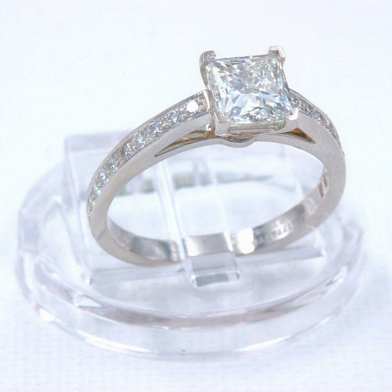 Tiffany & Co. Princess Diamond Engagement Ring 1.29 Carat Platinum For Sale 7
