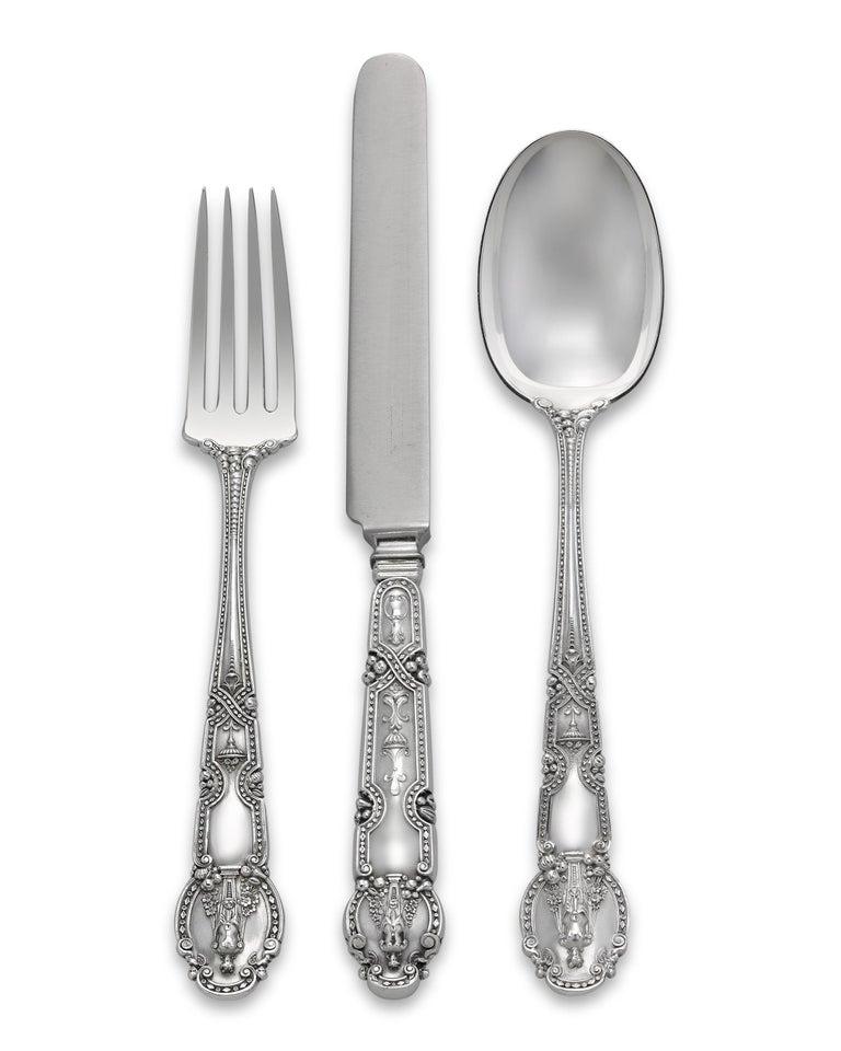 Tiffany & Co. Renaissance Silver Flatware Service, 417 Pieces In Excellent Condition For Sale In New Orleans, LA
