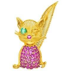 Tiffany & Co. Retro 5.45 Carat Ruby Emerald 18 Karat Gold Winking Cat Brooch