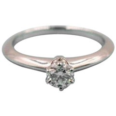 Tiffany & Co. Round Brilliant 0.25ct  I VVS2 Diamond & Platinum Engagement Ring