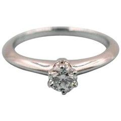 Tiffany & Co. Round Brilliant 0.25ct  I VVS2 Diamond & Platinum Engagement Ring