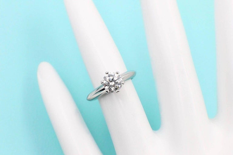 Tiffany And Co Round Brilliant 0 75ct H Vs1 Diamond And