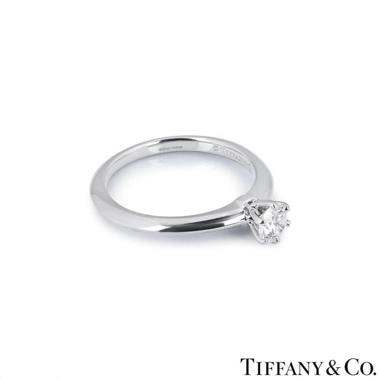 Tiffany & Co. Round Brilliant Cut Diamond Solitaire Engagement Ring 0.32 Carat In Excellent Condition For Sale In London, GB