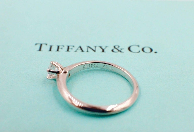 Women's Tiffany & Co. Round Brilliant Diamond 0.28 Carat Platinum Engagement Ring Papers For Sale