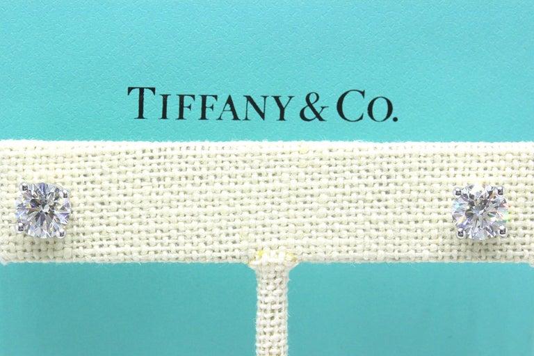 Women's or Men's Tiffany & Co Round Brilliant Diamond Stud Earrings 2.04 TCW I VVS2-VS1 Platinum For Sale