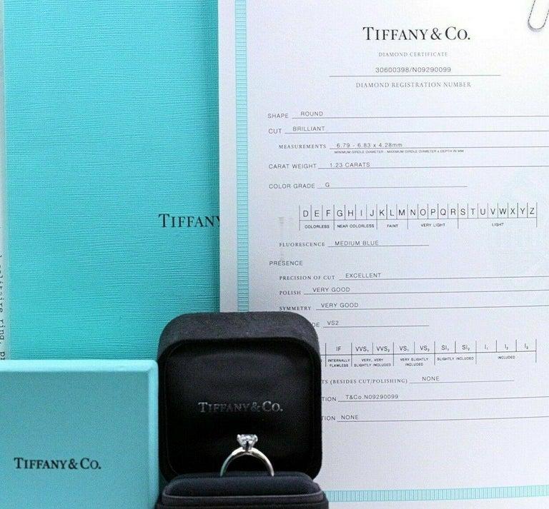 Women's Tiffany & Co. Round Diamond Engagement Ring 1.23 Carat GVS2 Platinum For Sale