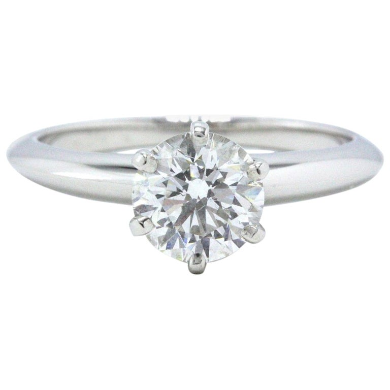 620806462 Tiffany & Co. Round Diamond Engagement Ring Solitaire 1.07 Carat F VS1  Platinum For Sale