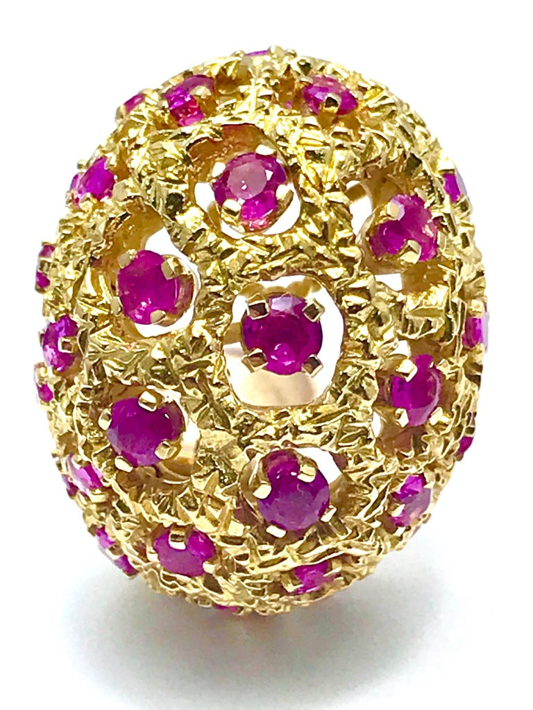 Tiffany & Co. Round Ruby and 18 Karat Yellow Gold Domed Clip Earrings For Sale 1