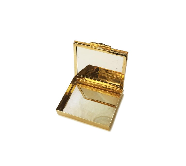 Princess Cut Tiffany & Co. Rubies and 14 Karat Gold Rare 1940s Powder Compact For Sale
