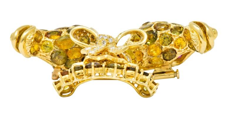Tiffany & Co. Ruby Sapphire Diamond 18 Karat Gold Giraffe Brooch For Sale 4