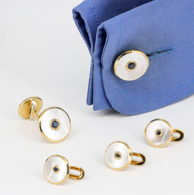 Tiffany & Co. Sapphire, Mother-of-Pearl and Yellow Gold Cufflinks and Stud Set For Sale 2