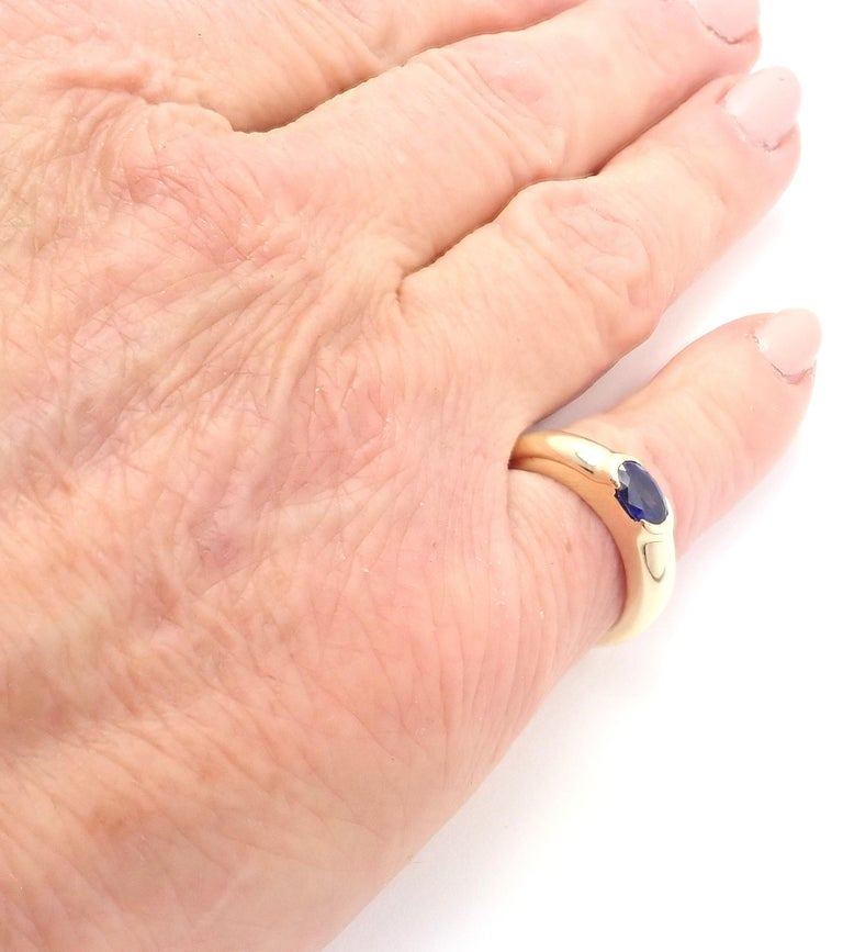 Tiffany & Co Sapphire Yellow Gold Band Ring For Sale 1