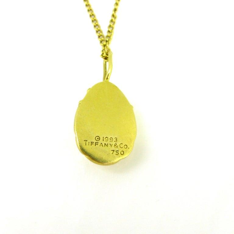 Tiffany & Co. Scarab Charm Pendant, 18 Karat Yellow Gold, 1993 In Good Condition In London, GB