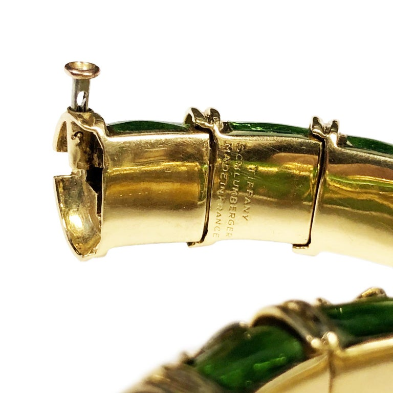 Tiffany & Co. Schlumberge Croisillon Bracelet In Excellent Condition For Sale In Chicago, IL
