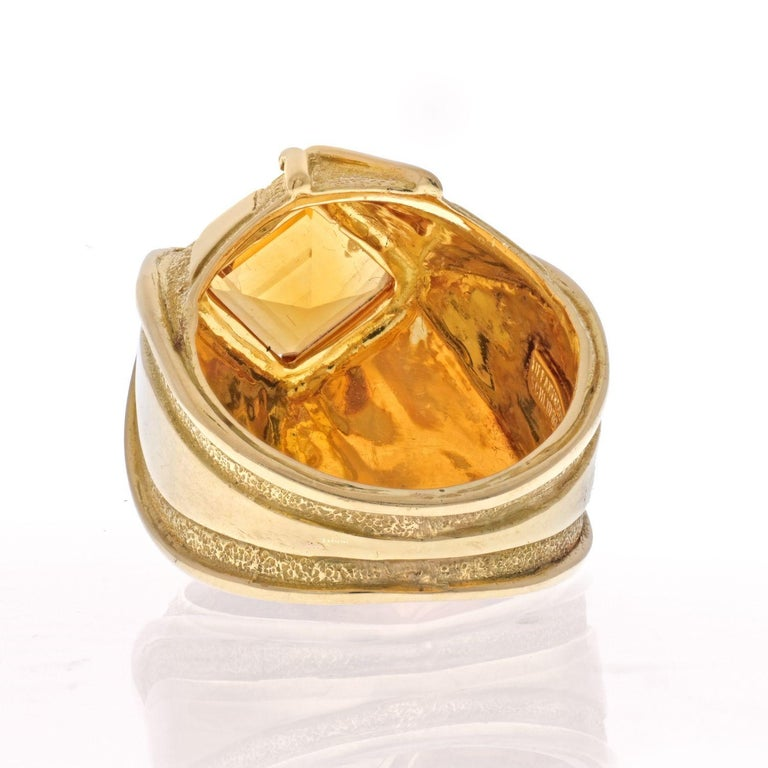 Tiffany & Co. Schlumberger 18K Yellow Gold Vintage Citrine Ring In Excellent Condition For Sale In New York, NY