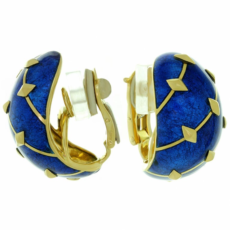 Tiffany & Co. Schlumberger Dot Losange Blue Enamel Bangle Bracelet and Earrings For Sale 2