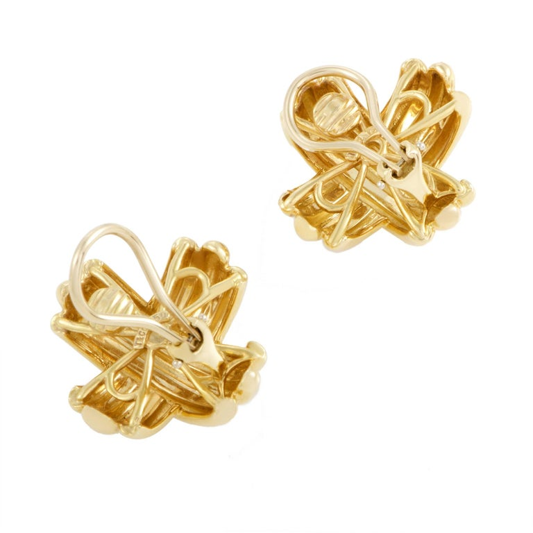Tiffany & Co. Signature Yellow Gold Clip-On Earrings In Excellent Condition In Southhampton, PA