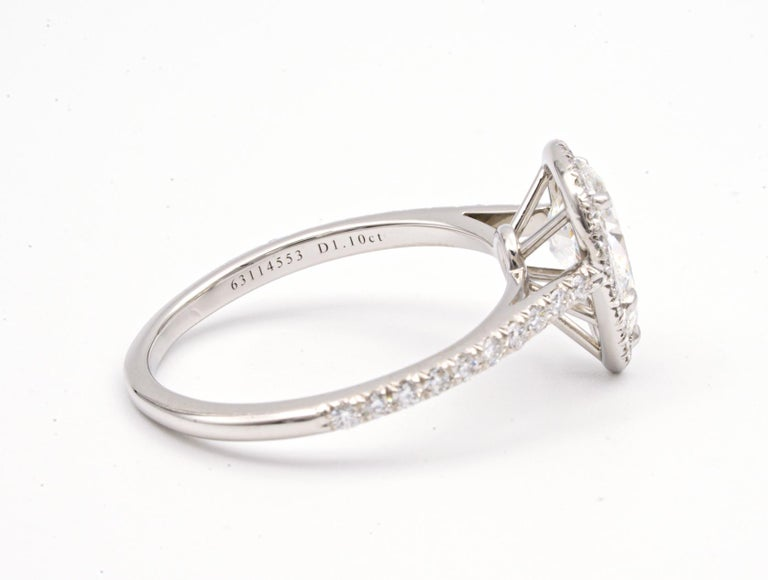 Modern Tiffany & Co. Soleste 1.10 Carat Pear Shape Engagement Ring in Platinum For Sale