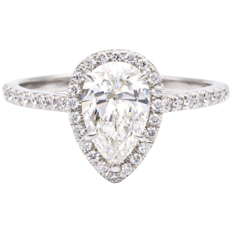 Tiffany & Co. Soleste 1.10 Carat Pear Shape Engagement Ring in Platinum For Sale