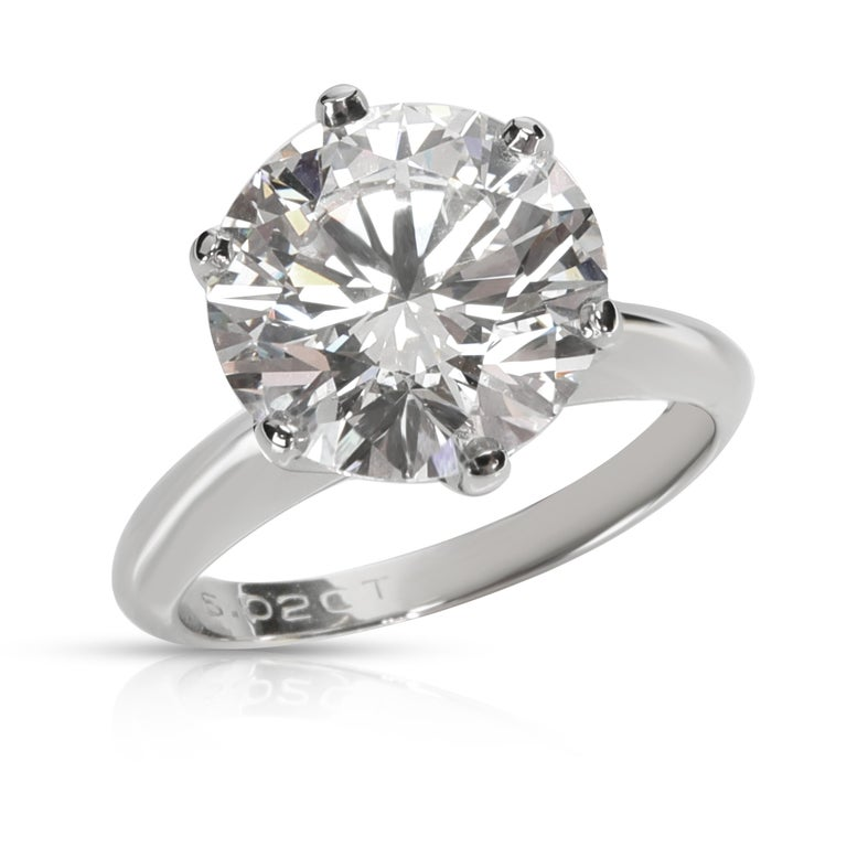 Round Cut Tiffany & Co. Solitaire Diamond Engagement Ring in Platinum D VS1 5.02 Carat For Sale