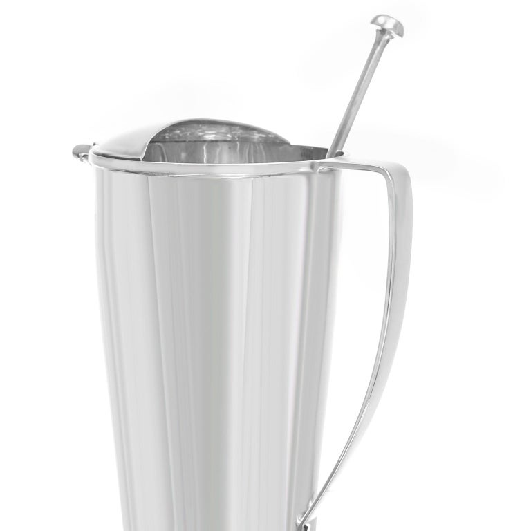 Tiffany & Co. Sterling Art Deco Cocktail Pitcher/Mixer In Excellent Condition For Sale In Litchfield, CT