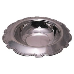 """Tiffany & Co. Sterling Silver """"Hampton"""" Vegetable Bowl from 1925"""
