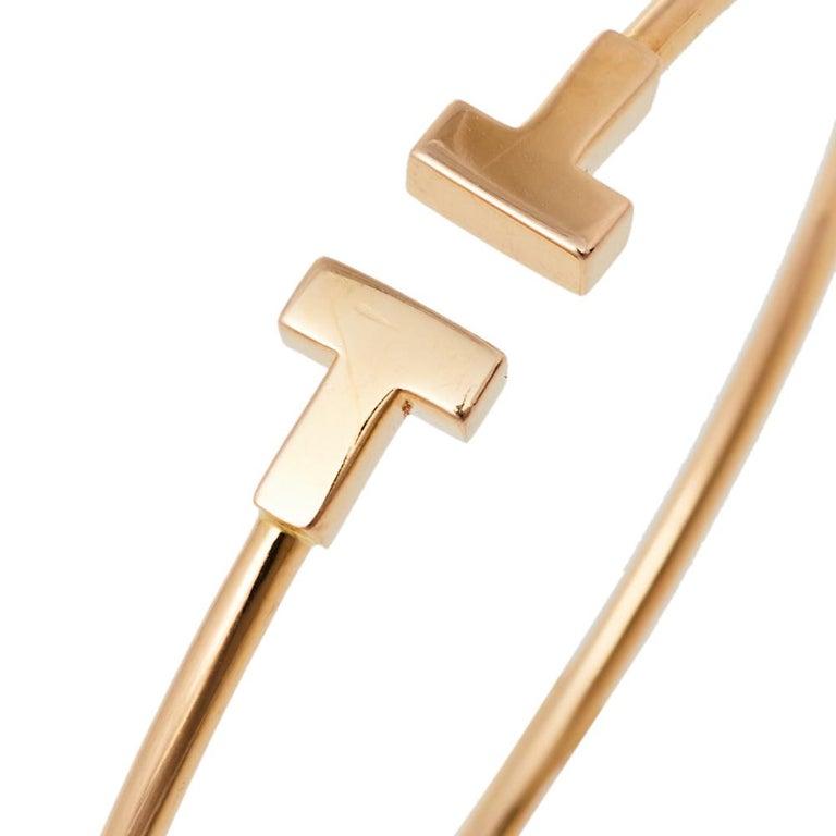 Tiffany & Co. T Wire 18K Rose Gold Narrow Bracelet In Good Condition For Sale In Dubai, Al Qouz 2