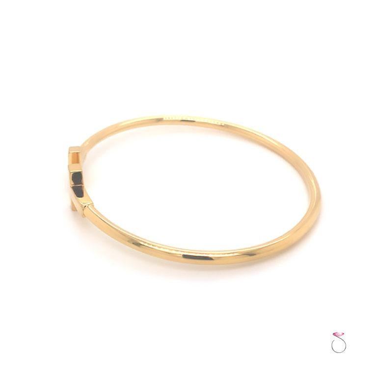 Tiffany & Co. T Wire Bracelet in 18K Yellow Gold, Size Medium For Sale 1