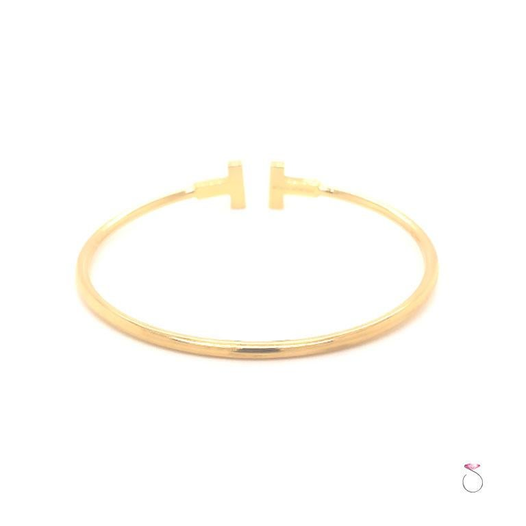 Tiffany & Co. T Wire Bracelet in 18K Yellow Gold, Size Medium For Sale 3