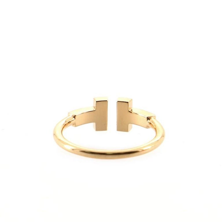 Tiffany & Co. T Wire Ring 18K Rose Gold with Diamonds In Good Condition For Sale In New York, NY