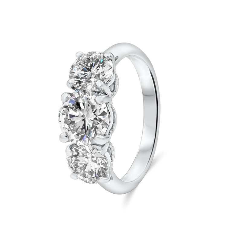 Contemporary Tiffany & Co. Three-Stone Diamond GIA Certified Platinum Engagement Ring For Sale